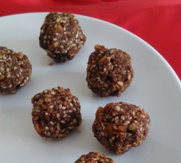 No bake recipes chocolate coconut oat bites Lisa Hughes blog